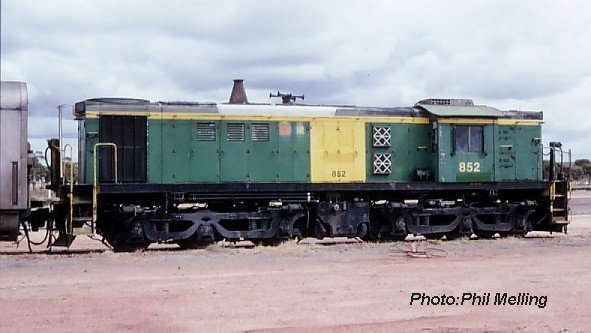 852parkeston20april92.jpg