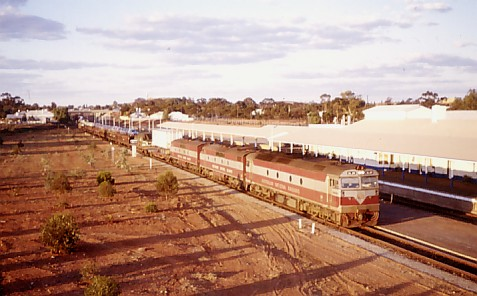 al24 gm37 gm23kalgoorlie21august82.jpg