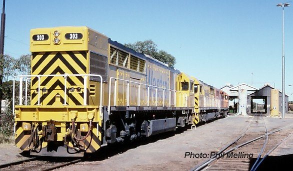 q303q309l275kalgoorlie22april98.jpg